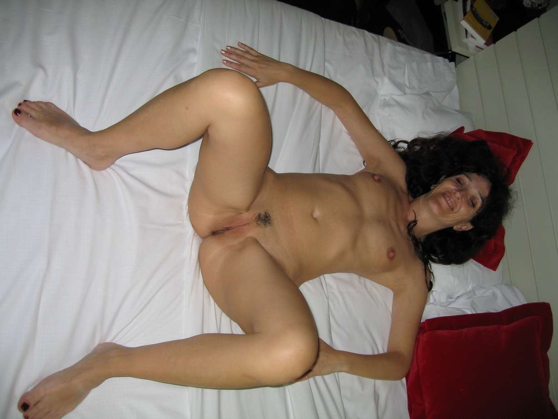 mature petits seins chaudasse (37)