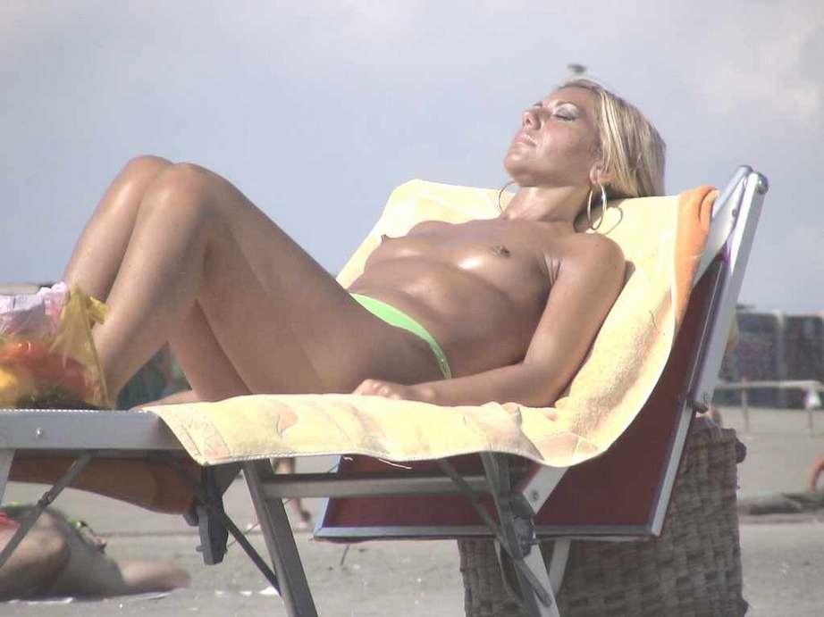 nudiste smalll tits (17)
