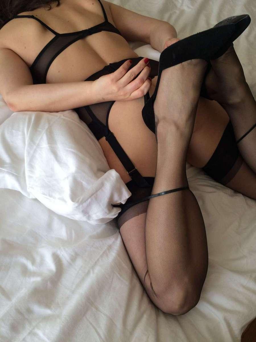 porn photo 2020 Bridget the midget stripper