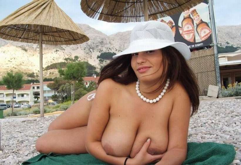 big tits topless (10)