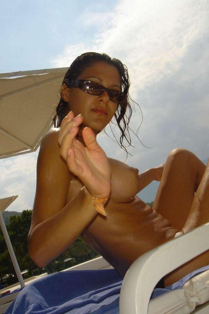 big tits topless (18)
