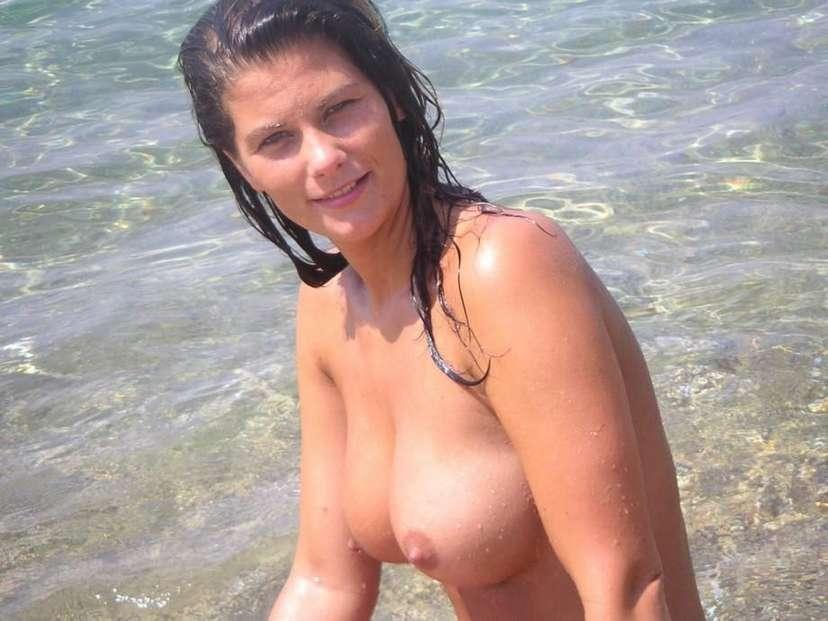 big tits topless (21)