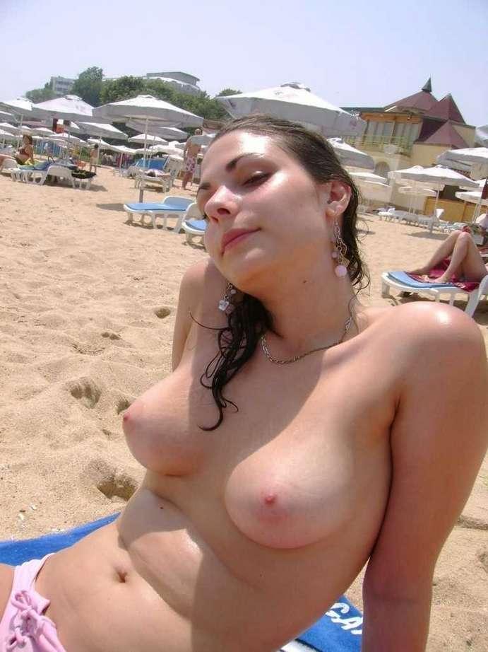 big tits topless (6)