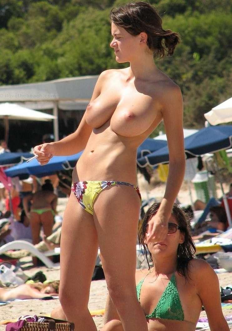 big tits topless (9)