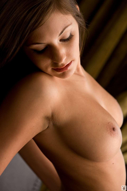 bonasse brune gros seins (21)