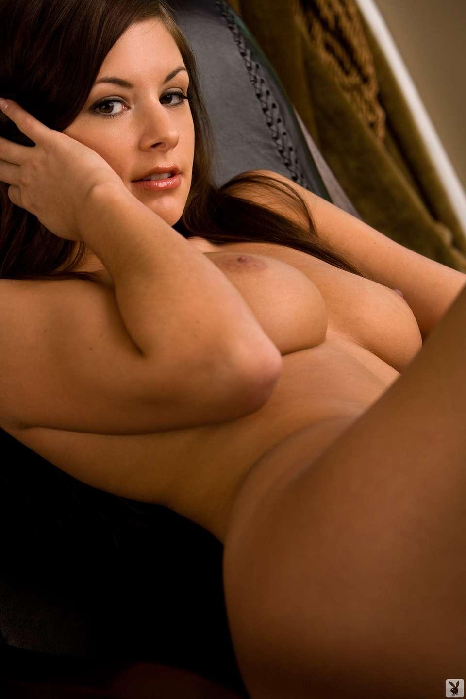 bonasse brune gros seins (24)