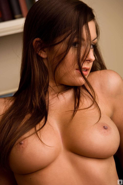bonasse brune gros seins (4)