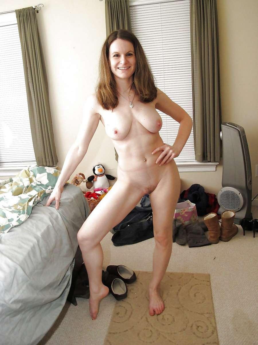 brune nue sexy (3)
