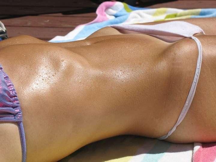 chatte sous bikini (5)