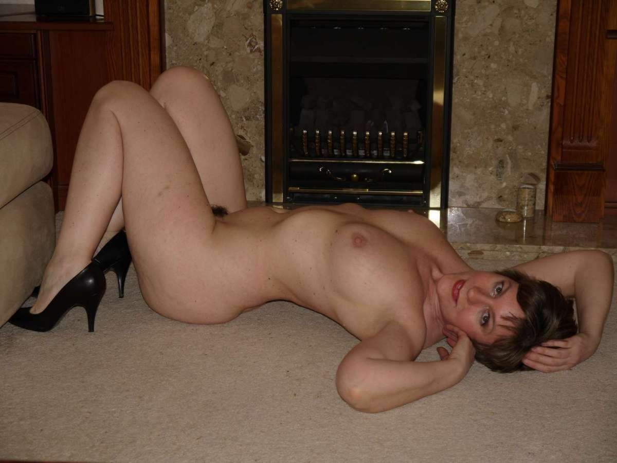 Bikini cuthbert elisha nude