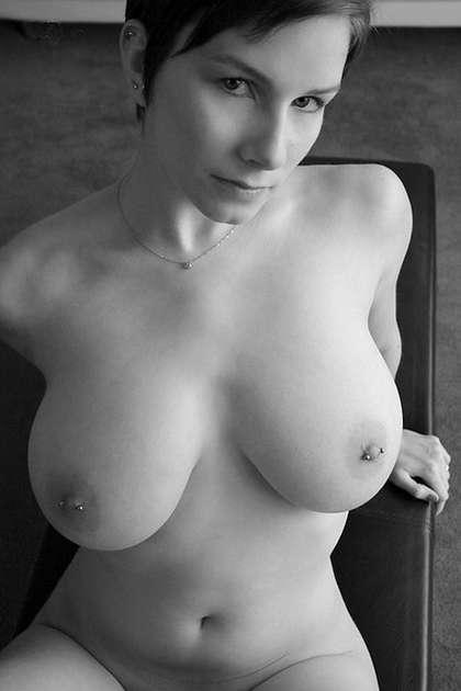 fille seins nus (17)
