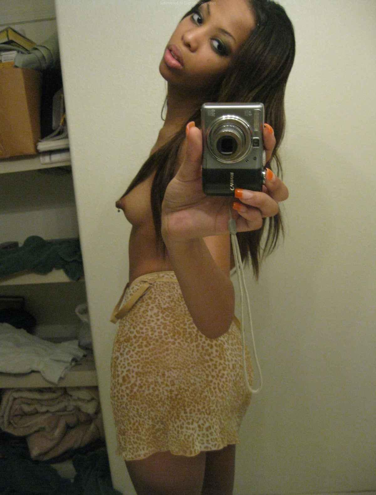 hottest amatuer nude girls