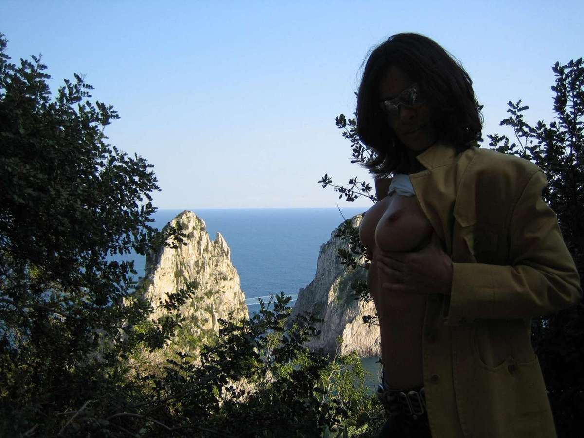 mure gros seins exhibe (7)