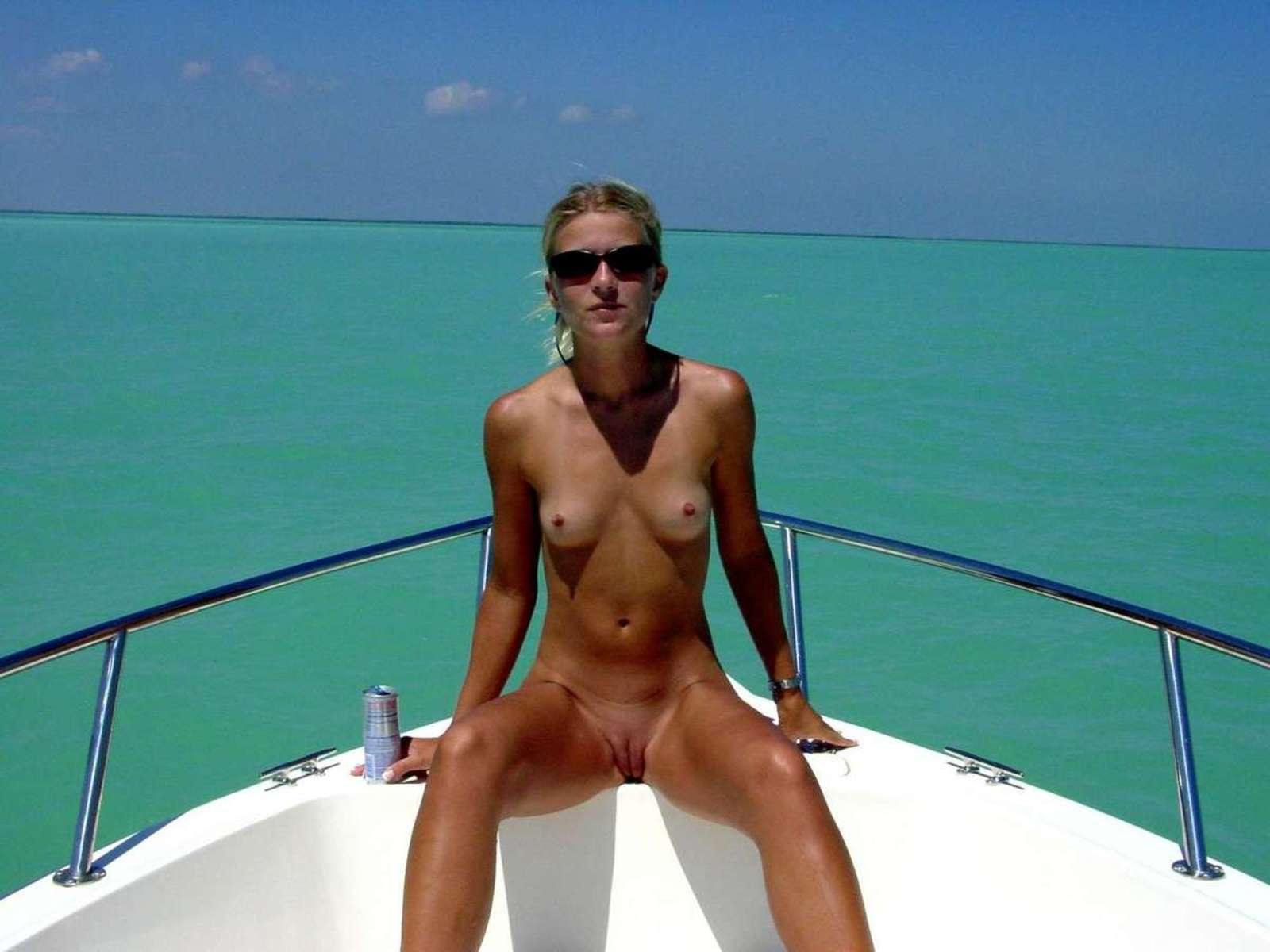 nude outdoor (12)