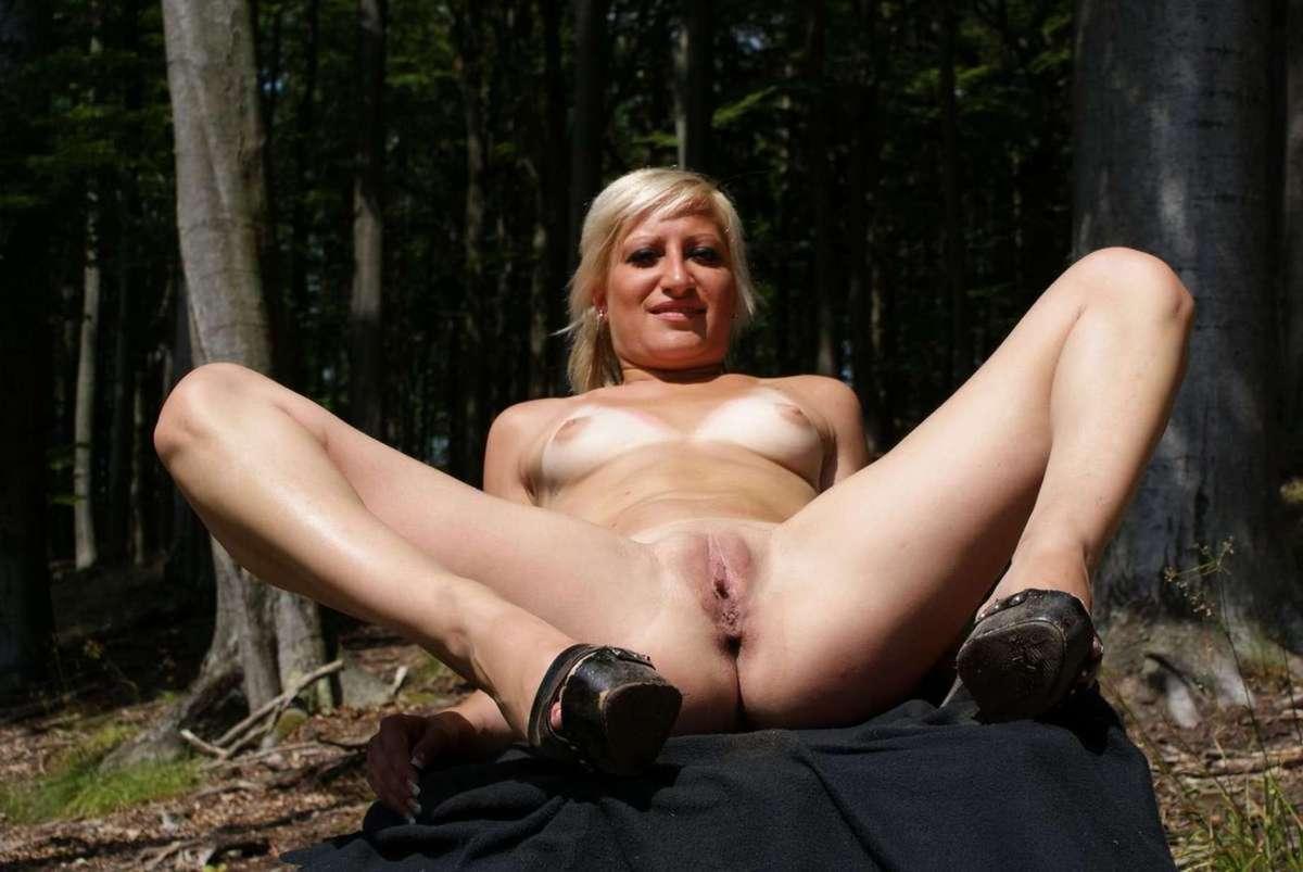 nude outdoor (14)