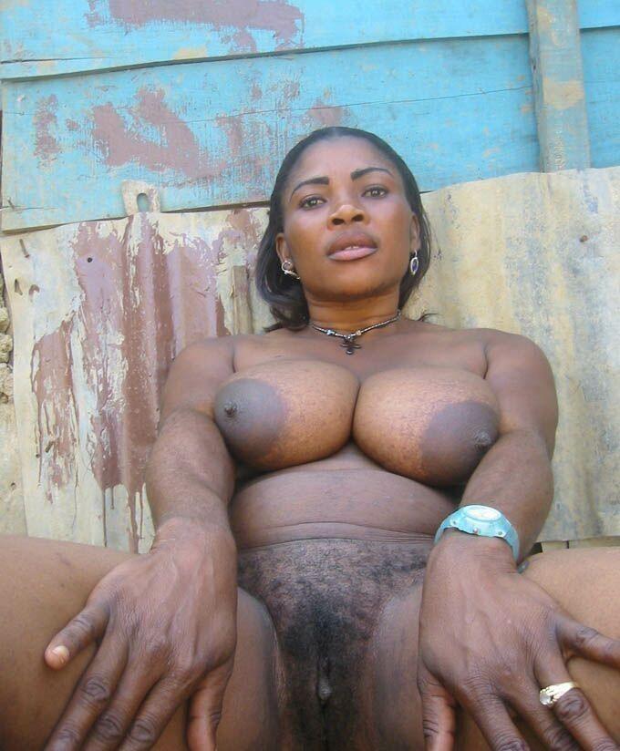 nude black women busty