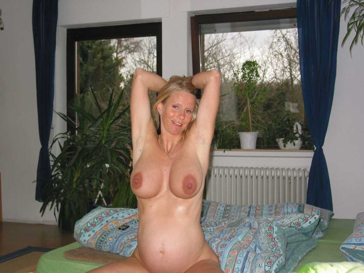 Prompt pregnant naked blonde wife something and
