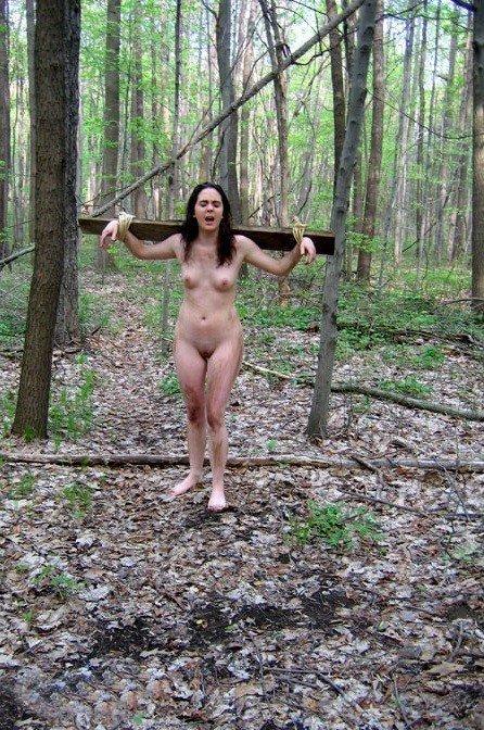 esclave crucifie bois (15)
