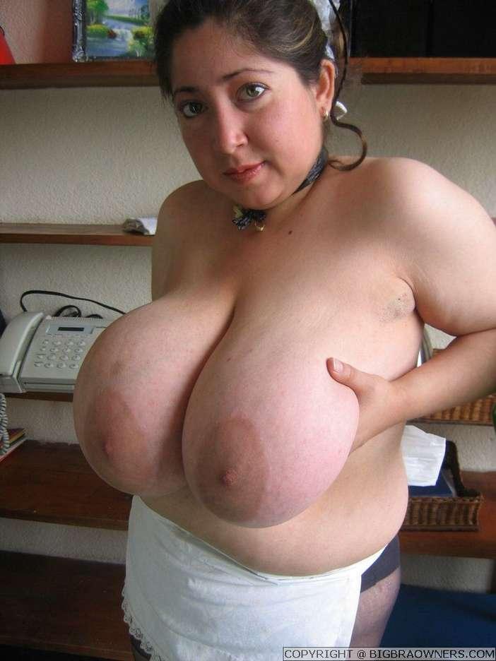 femme enorme nibards (3)