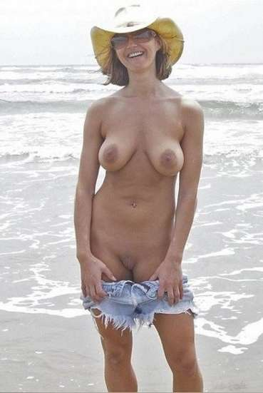 lunettes soleil big boobs (12)