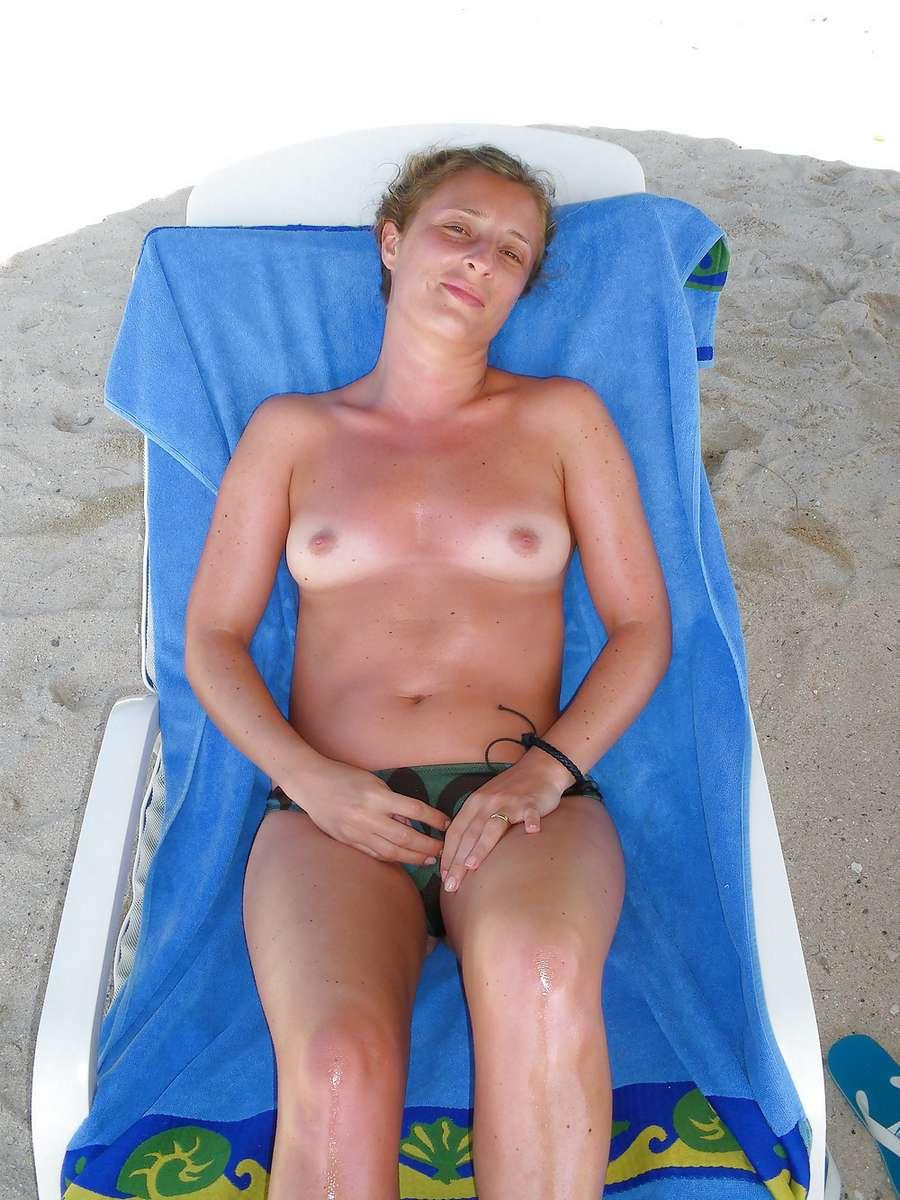 petits seins plage (15)