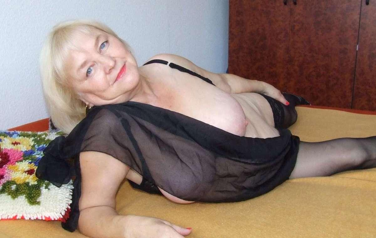 sexy granny (1)