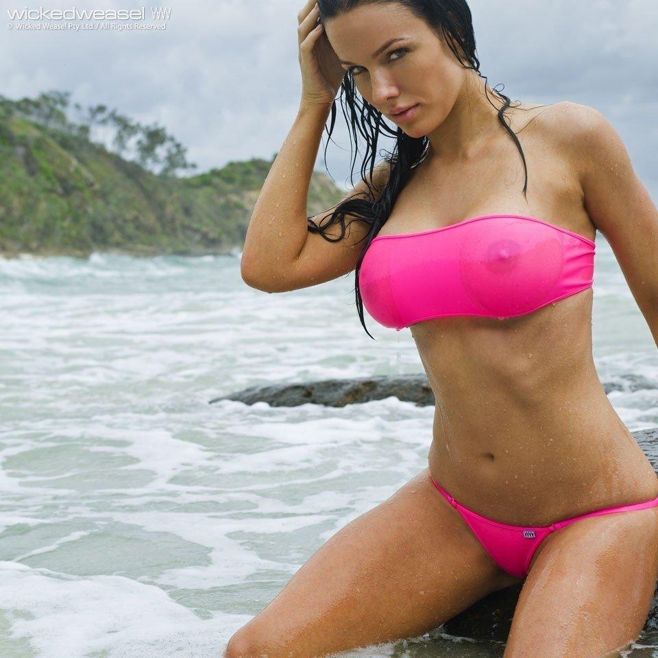 tetons pointent bikini (5)