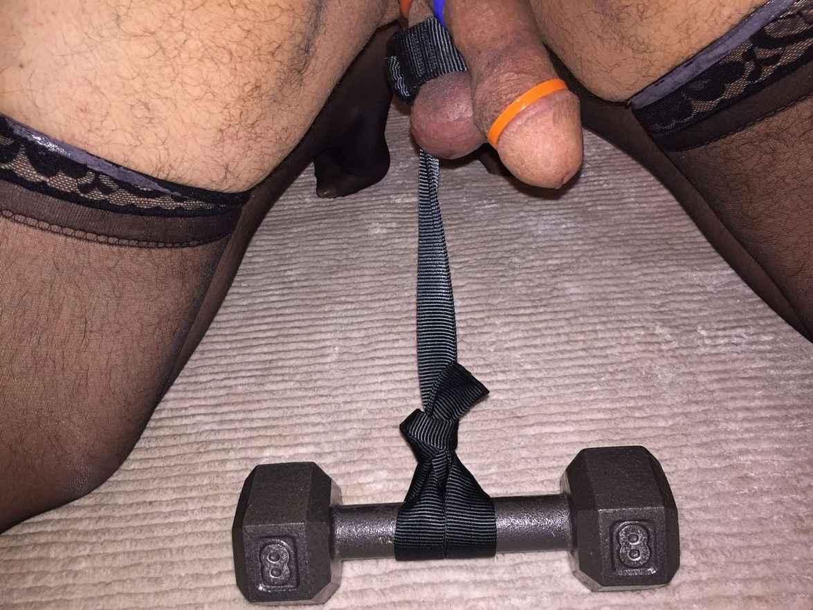 torture poids couilles (19)