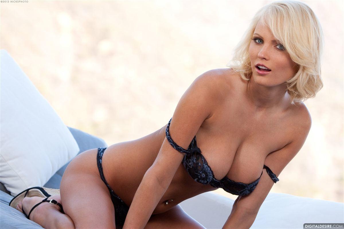 Hanna Hilton (4)