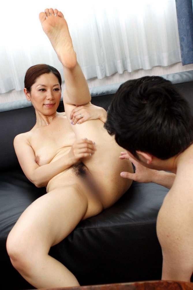MILF asiatique vraiment bonne (45)