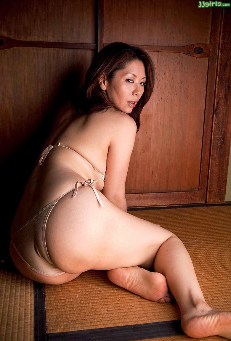 MILF asiatique vraiment bonne (50)