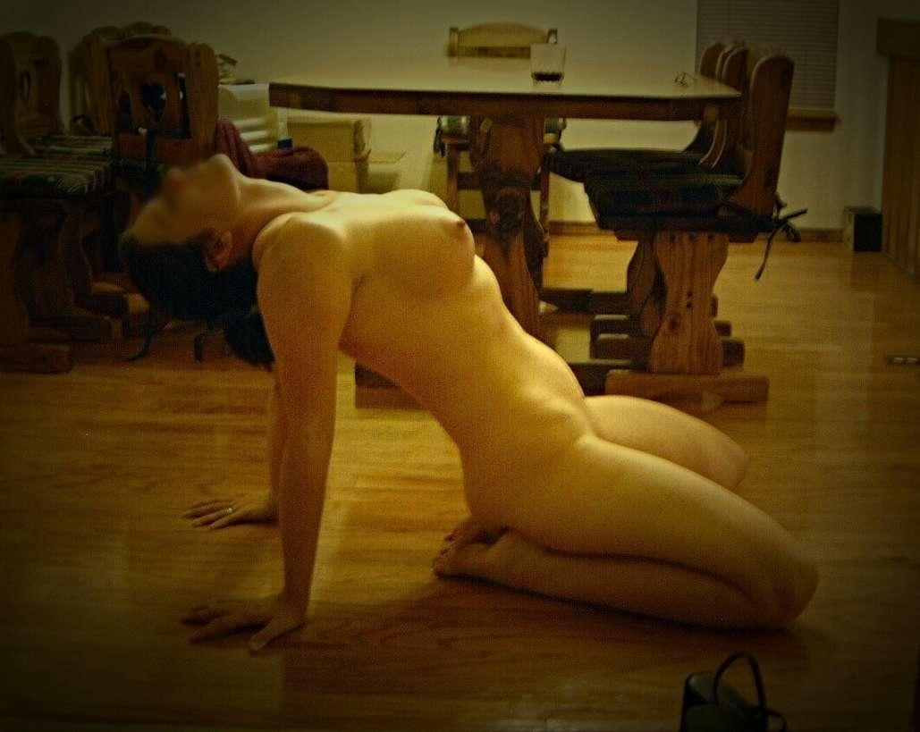femme nue plage belle blonde sodomisee