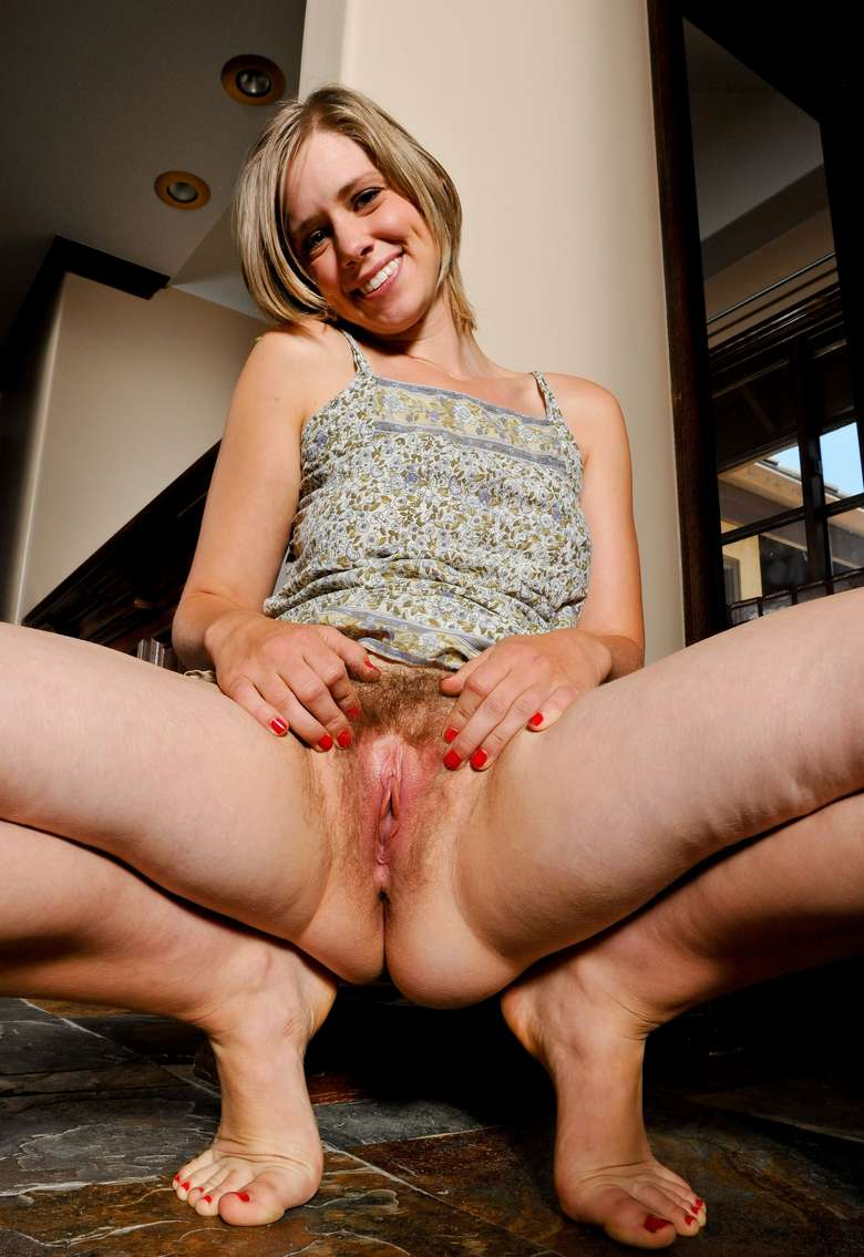 blonde poils chatte (4)