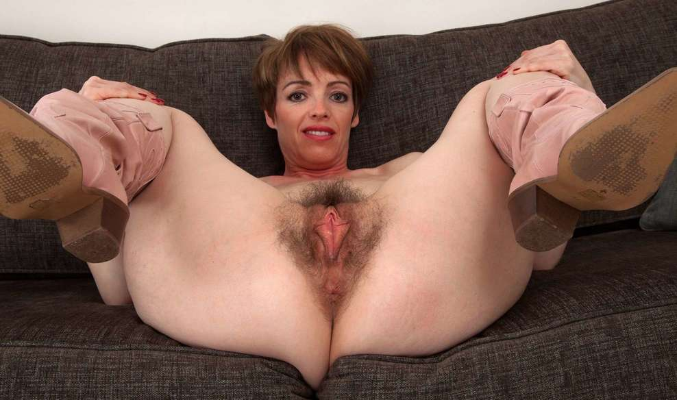 French women hairy nude
