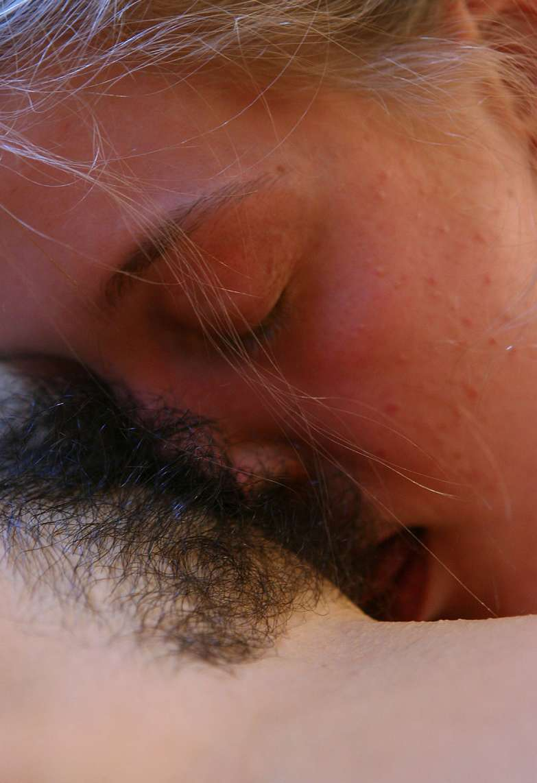 cunni lesbienne poilue (15)