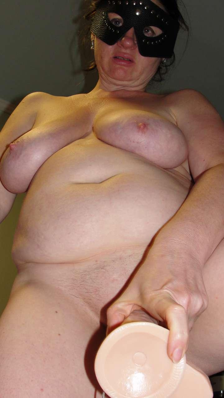 femme nue amatrice suce (7)