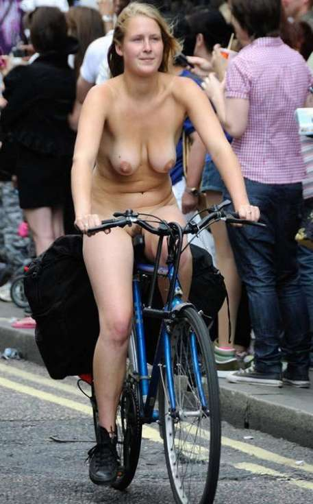 femme nue velo (1)