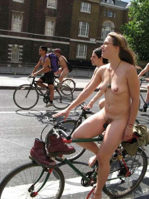 femme nue velo (21)