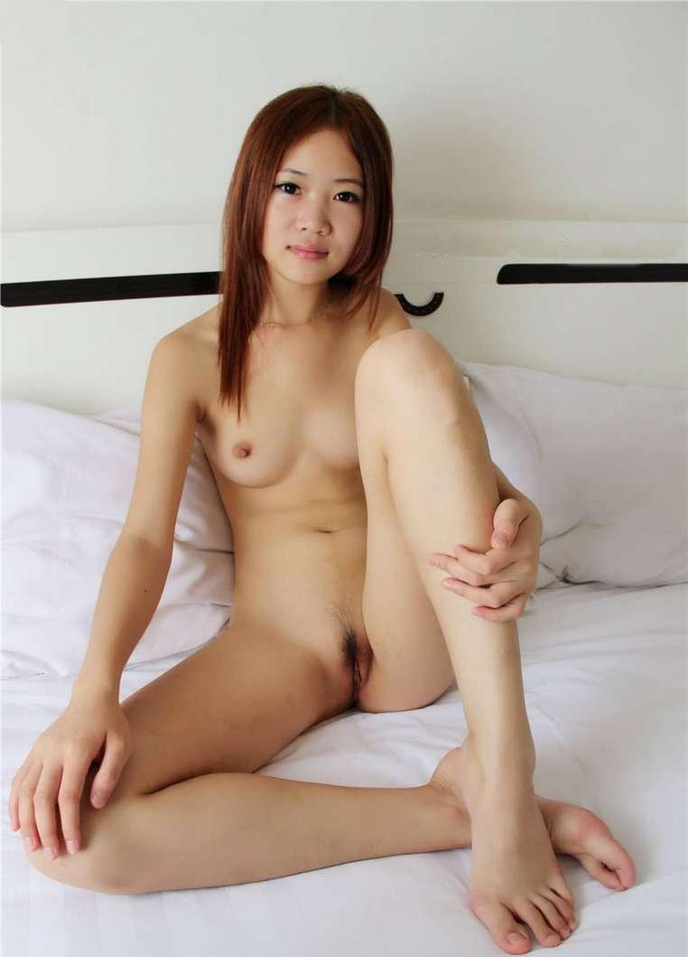 jeune chinoise nue (109)
