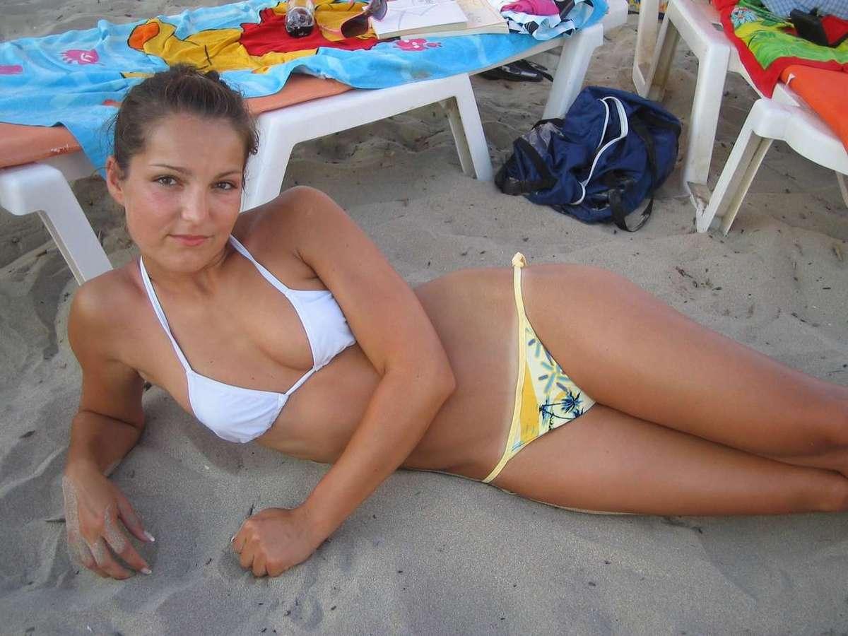jeune femme sexy bikini (21)