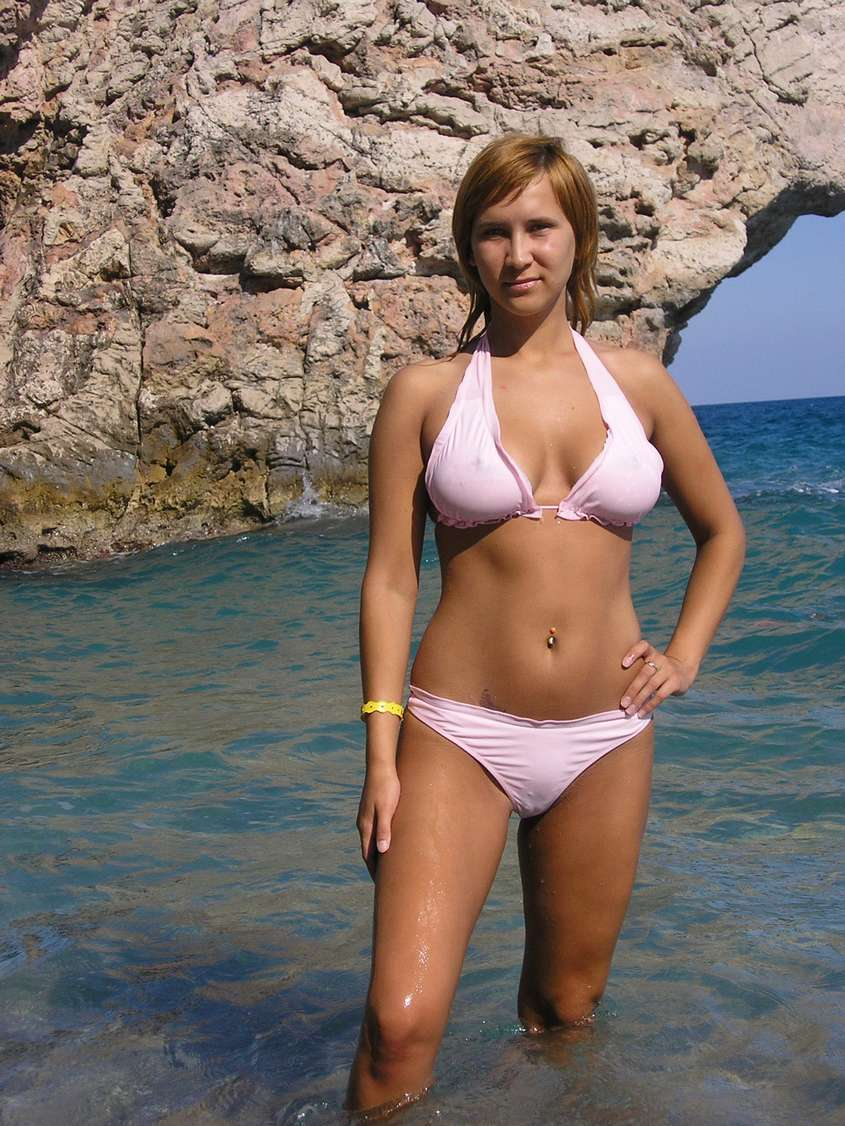 jeune femme sexy bikini (27)