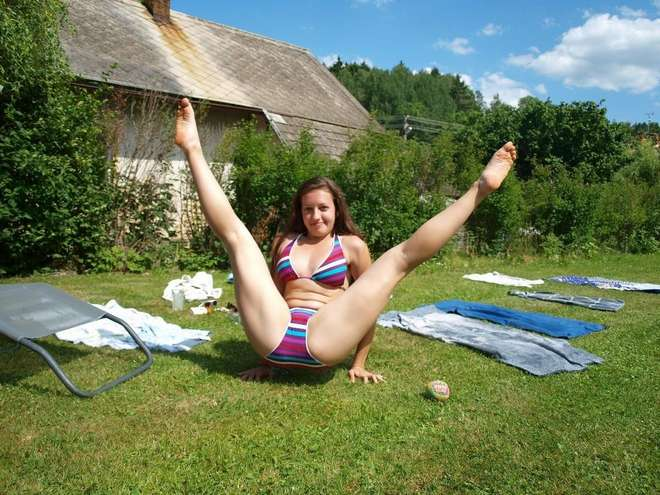 jeune femme sexy bikini (9)