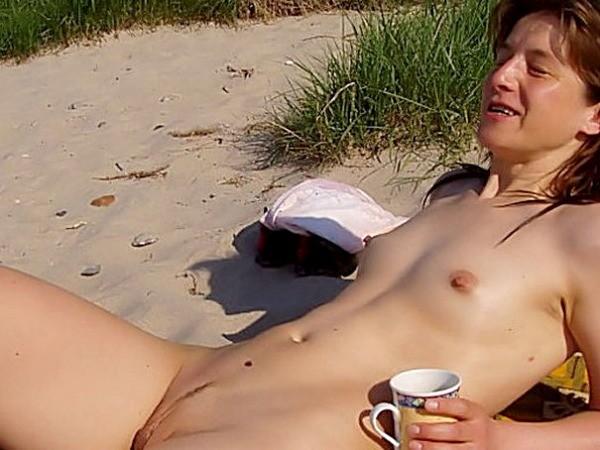 petits seins topless (10)