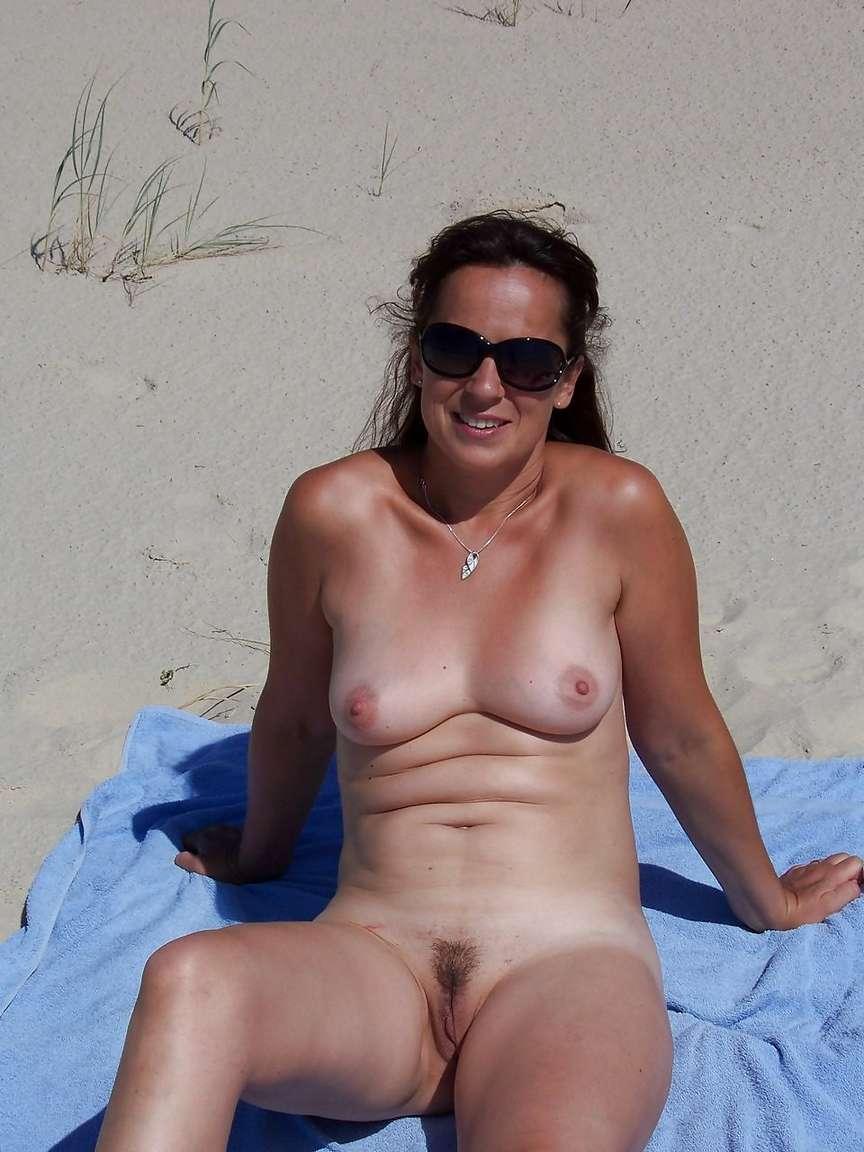 petits seins topless (13)