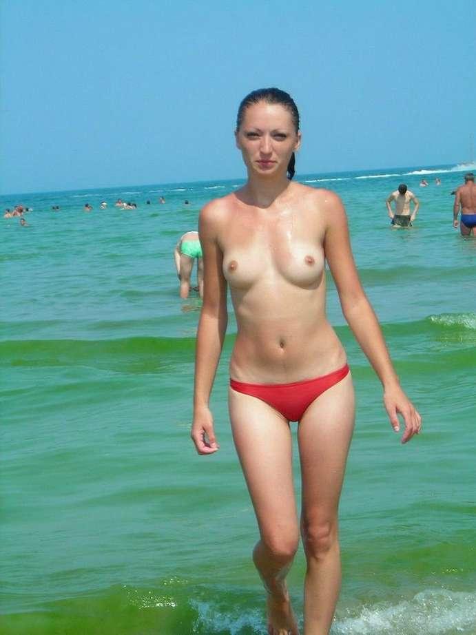 petits seins topless (15)
