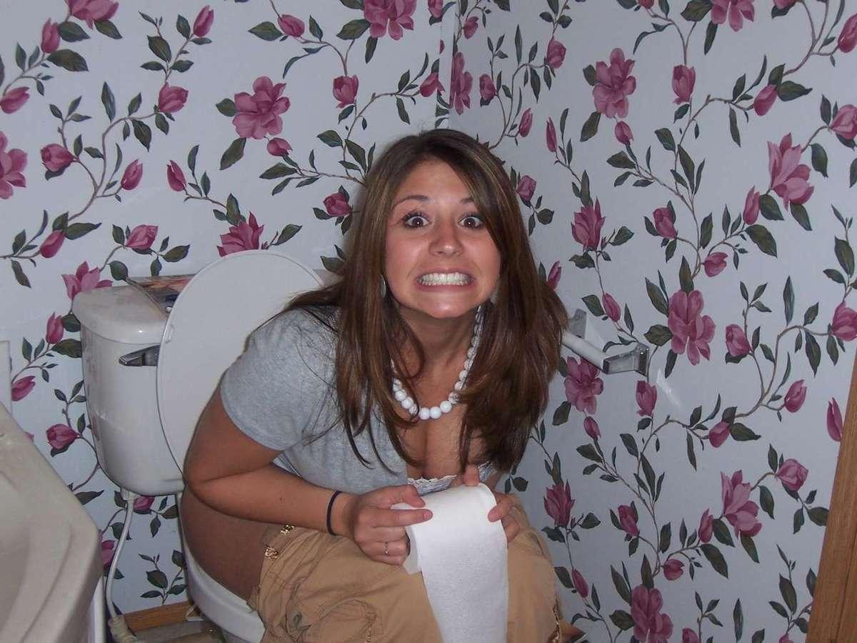 pisseuse brune wc (15)