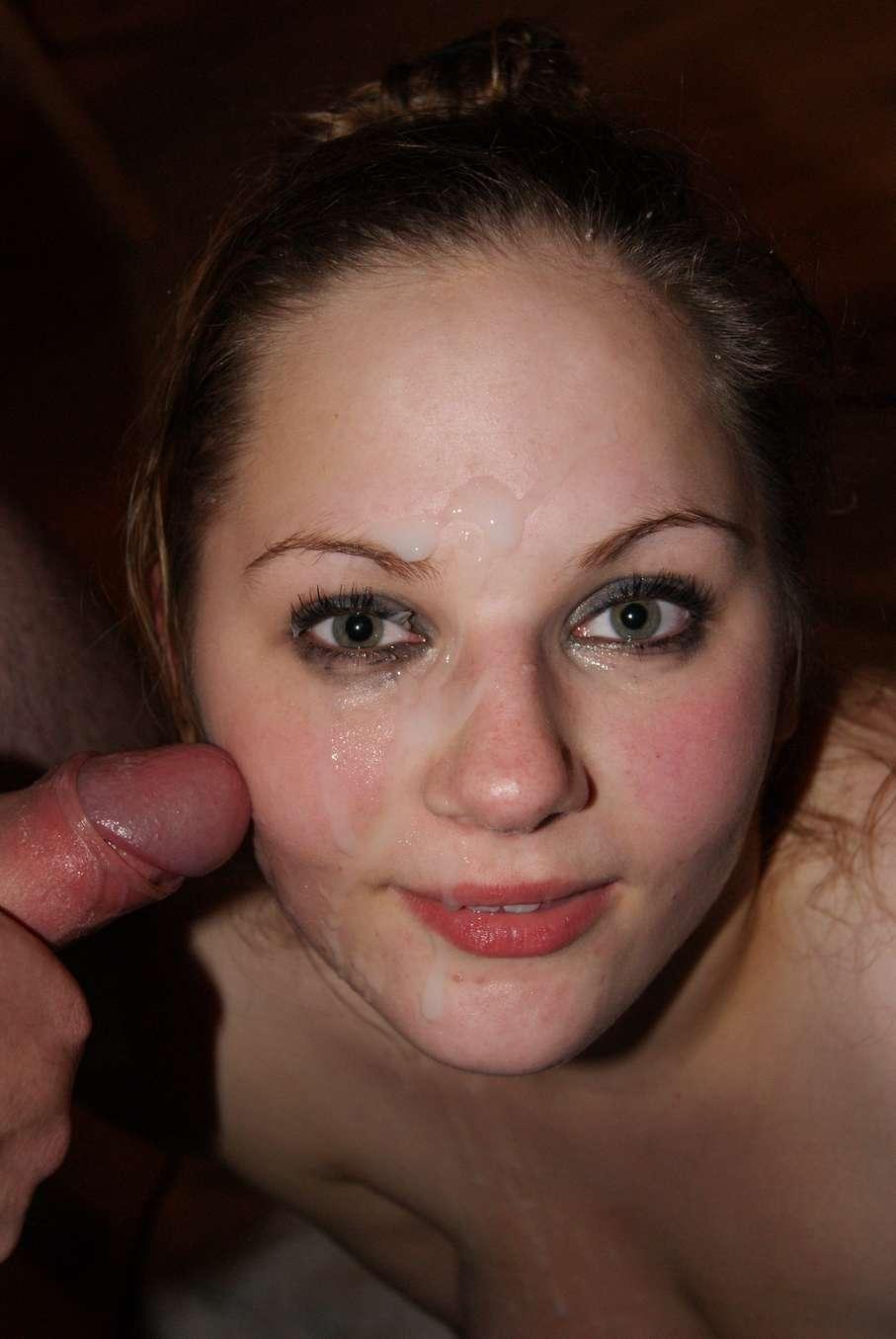 Belle blonde aux gros seins dans un gangbang avec papy - 1 part 9