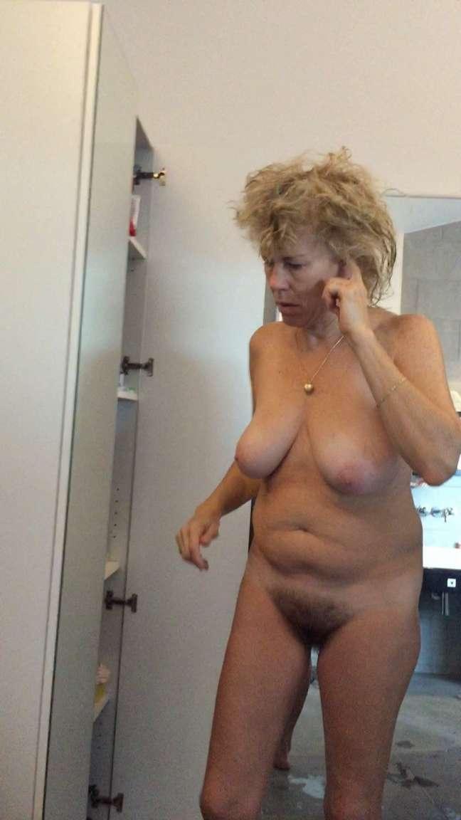 Vieilles mamans à gros seins