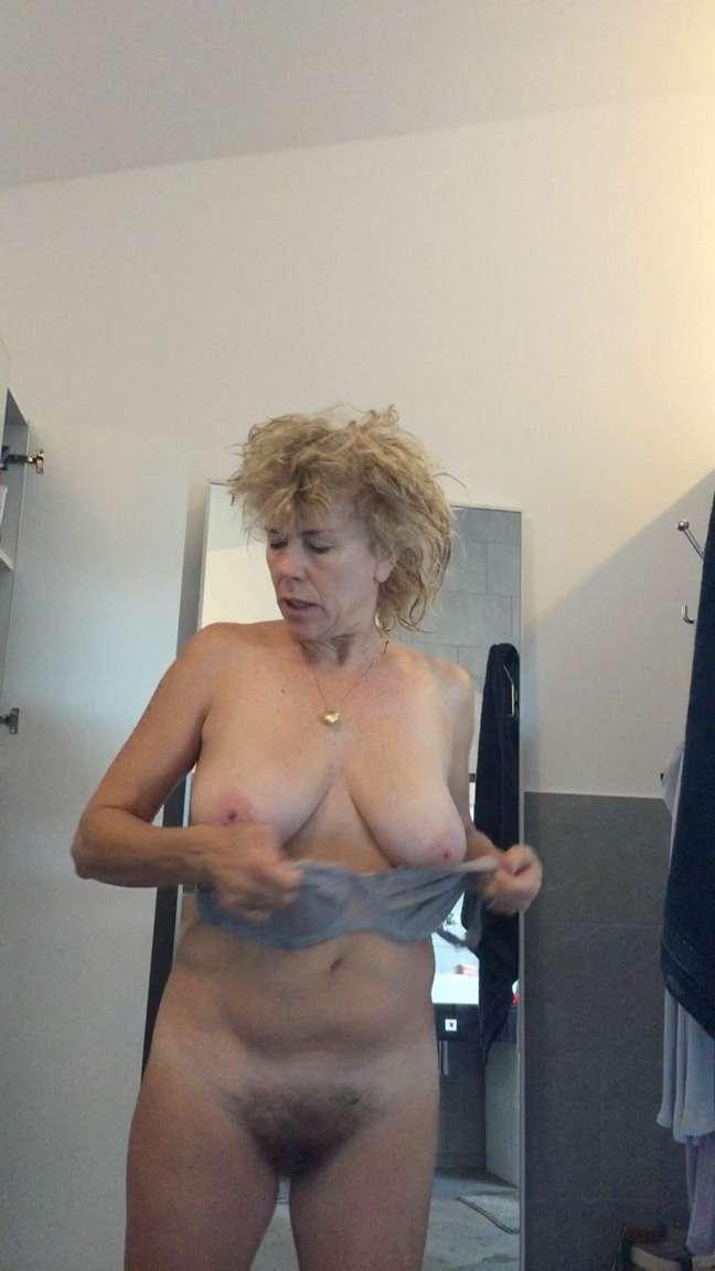 vieille gros seins (14)