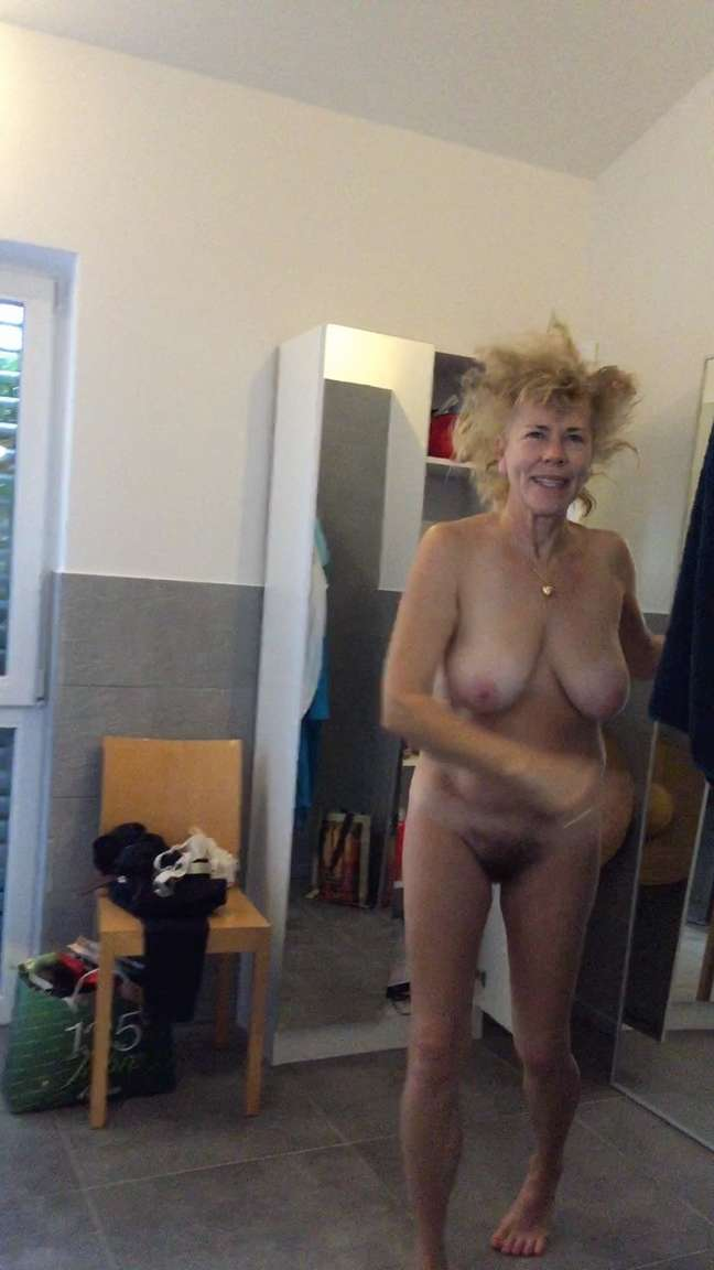 vieille gros seins (18)